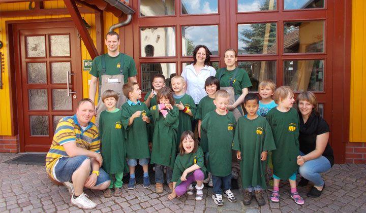 kinderbesuch-des-evangelischen-waldkindergartens